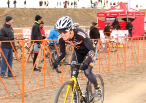 Kristin Weber chasing in lap 2 to keep her Colorado Cross Cup lead, at 2012 States