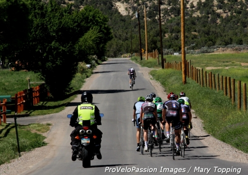 Mini Classic road race, men's 17 - 18 lead group in the valley north of Silt, CO