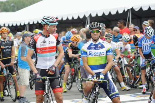 Stage 1 start line, Jens Voigt and Michael Matthews (photo by Luis Barbosa)