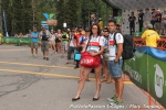 Soigneurs wait for riders at thefinish