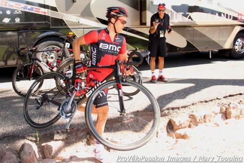 Julien Taramarcaz shows off his cyclocross skills