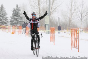 Tim Allen wins Altitude Adjustment Cross single speed race
