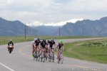 Women's pro-1-2 leaders against a Flatiron backdrop