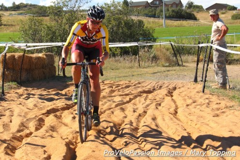Meredith Miller in the KickIt Cross sandpit at Noosa Pro Cyclocross Team's debut race