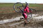 Melissa Barker running the pitsidemud