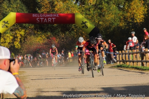 Kate Powlison holds off Kristin Weber in the sprint for fifth at Valmont Bike Park