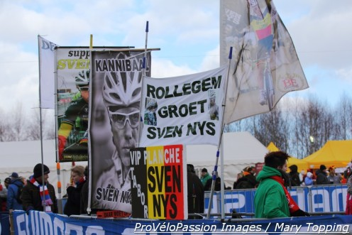 Sven Nys fans wallpapered a corner at Tabor