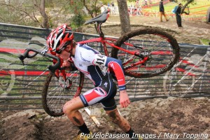 Evan Clouse charges the stairs at 2015 cyclocross nationals