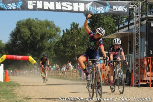 Katie Clouse wins 2016 Cyclo X Valmont women's elite race
